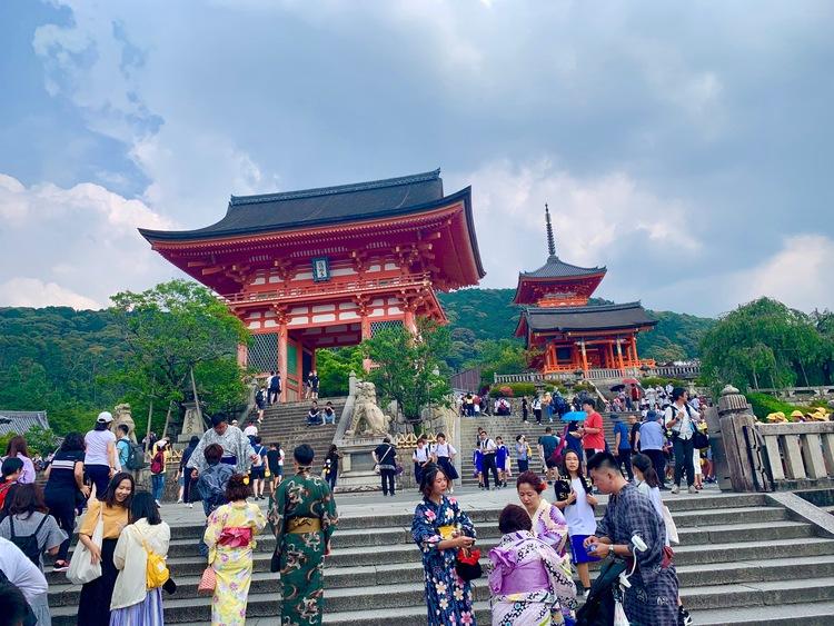 清水寺で着物レンタル