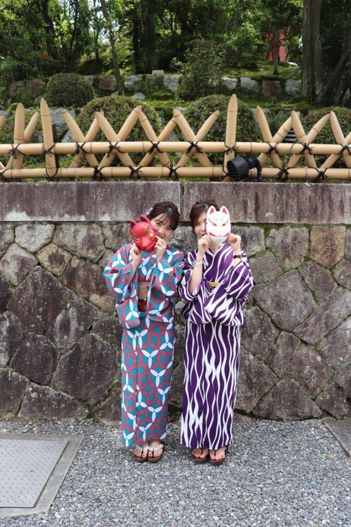 京都で浴衣レンタルと狐のお面